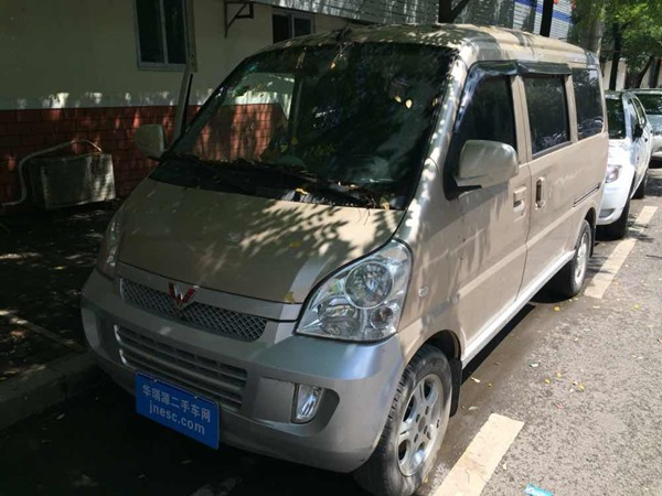 五菱-五菱荣光-2008款 6407B3—基本型(空调)
