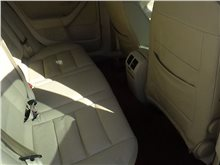 济南大众-速腾-2009款 2.0L 手动真皮版
