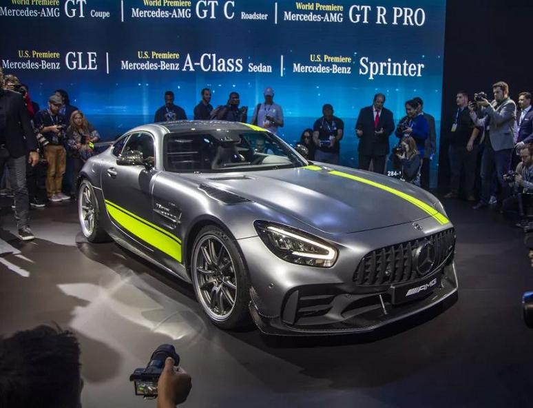 汽车新资讯|奔驰AMG GT R Pro新车发布