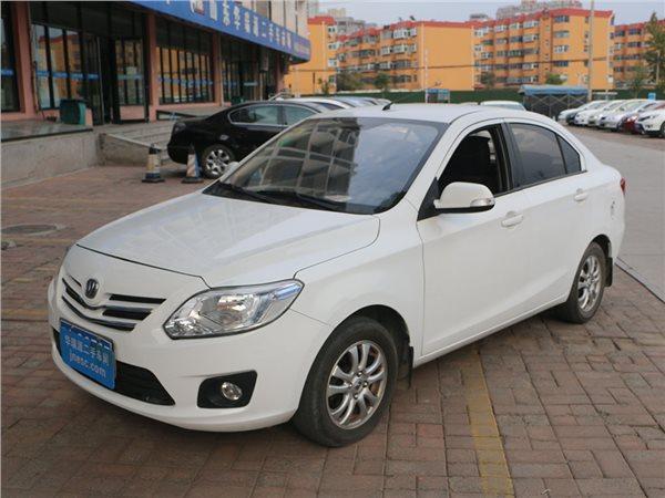 操作性强 性价比高的二手车推荐:长安悦翔V3