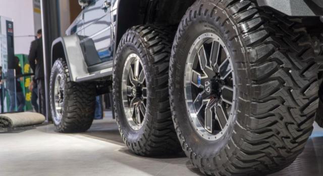当你发现了你的轮胎异常时,一定要第一时间更换掉