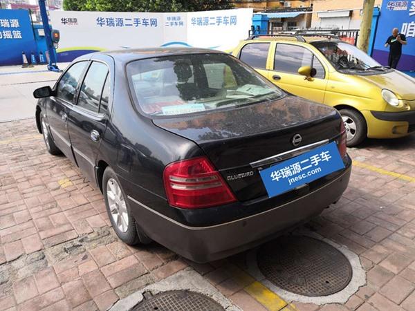 济南日产 蓝鸟 2004款 2.0 尊贵型 MT