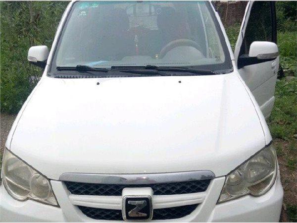 众泰5008 2010款 1.3 CVT舒适型