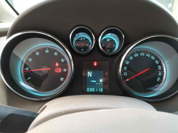 济南别克-英朗-2012款 XT 1.6L 自动舒适版