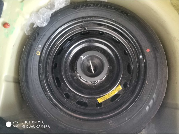 济南福特-嘉年华两厢-2010款1.5AT光芒限定版