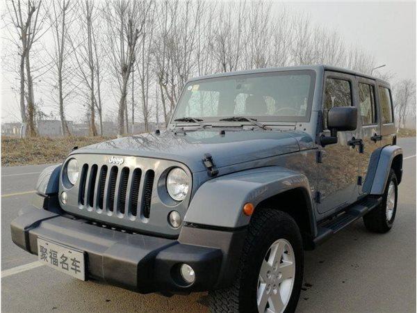 Jeep 牧马人 2014款 3.0L 四门版 Sahara