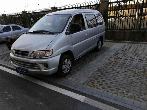东风风行 菱智 2012款 商用版 1.6L 实用型