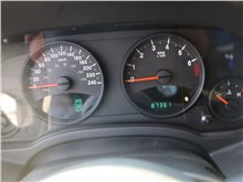 济南Jeep 指南者(进口) 2013款 2.4L 四驱运动版