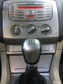 济南福特-福克斯-2013款 三厢经典 1.8L 手动百万纪念版